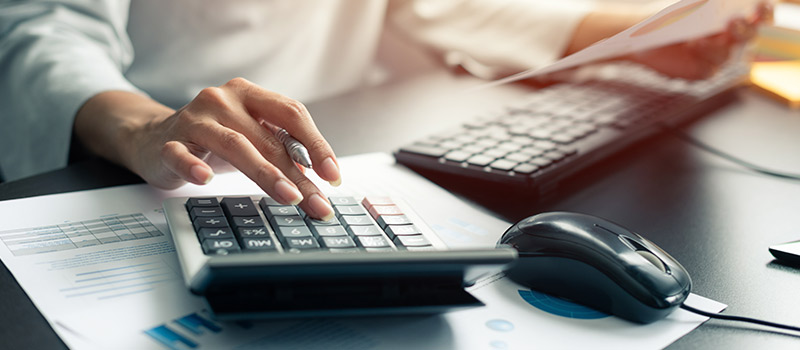 Comparing business internet provider costs