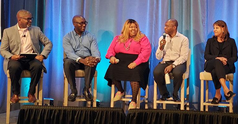 Evento del panel ejecutivo de Cox